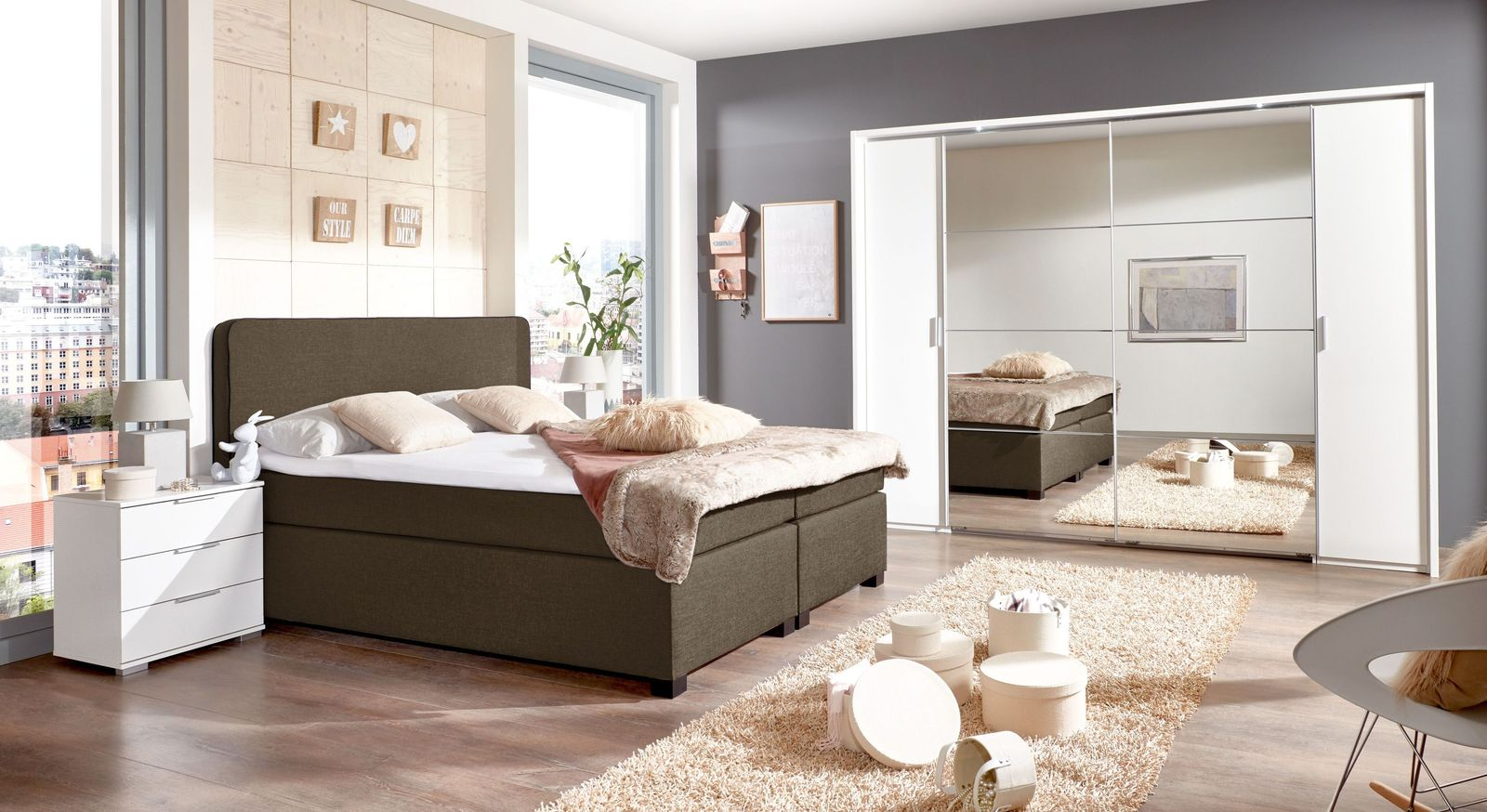 komplett schlafzimmer mit boxspringbett. Black Bedroom Furniture Sets. Home Design Ideas