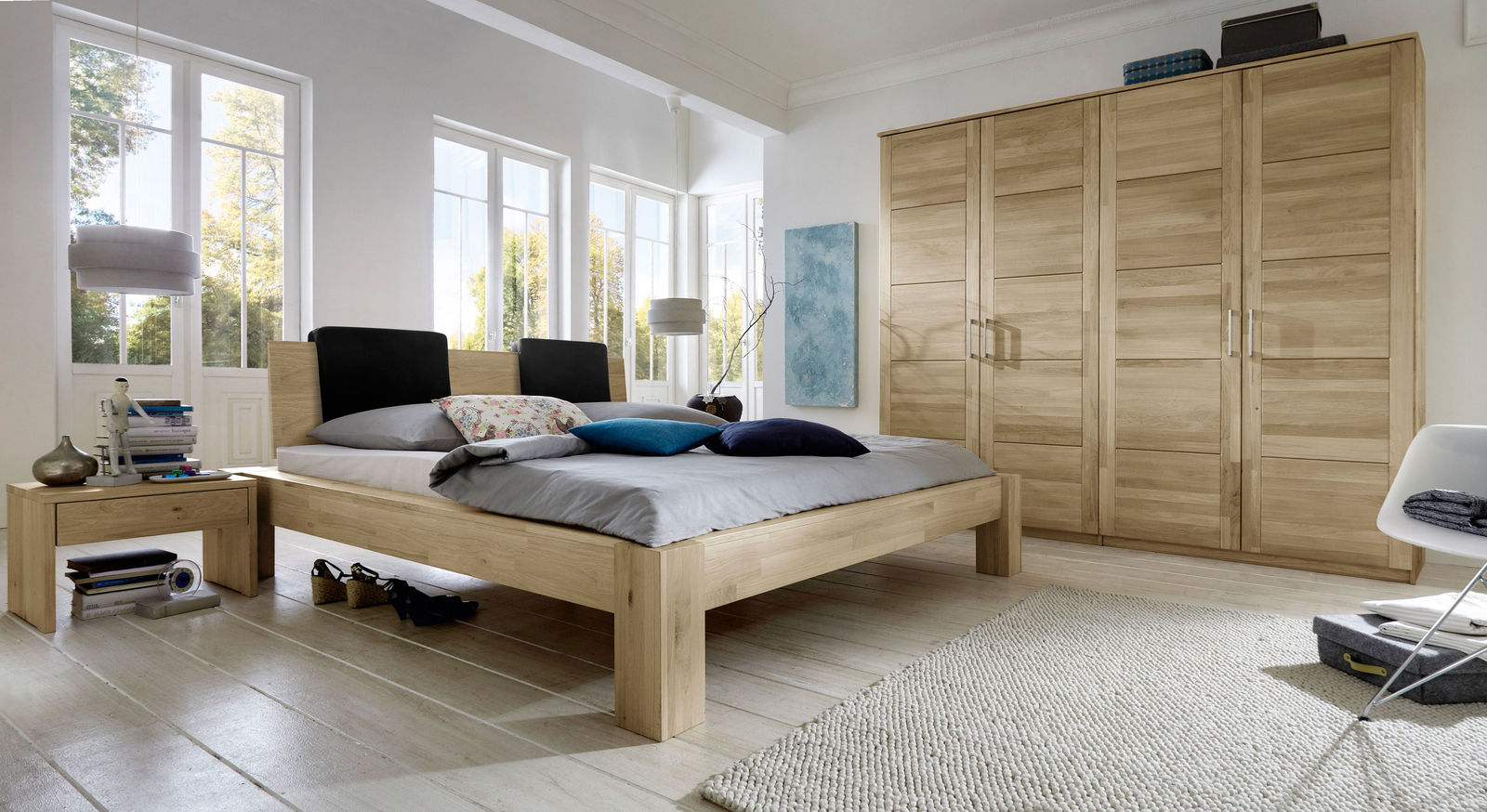dreht ren kleiderschrank aus wei er wildeiche nino. Black Bedroom Furniture Sets. Home Design Ideas