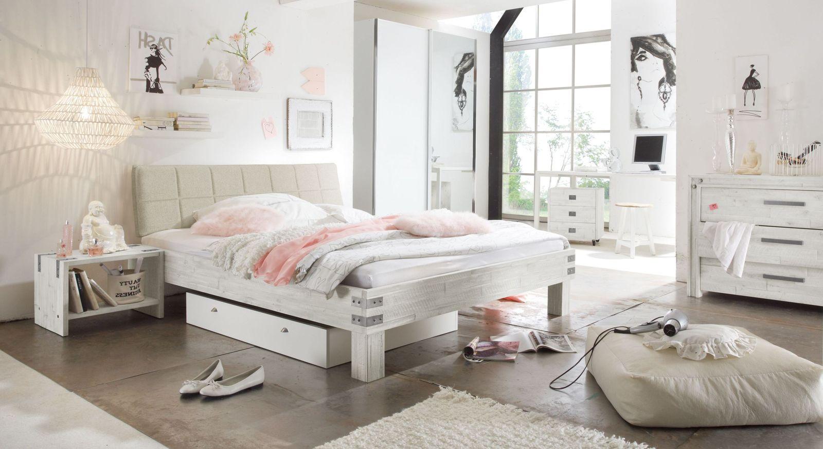 Helles und hochwertiges Komplett-Schlafzimmer Pica