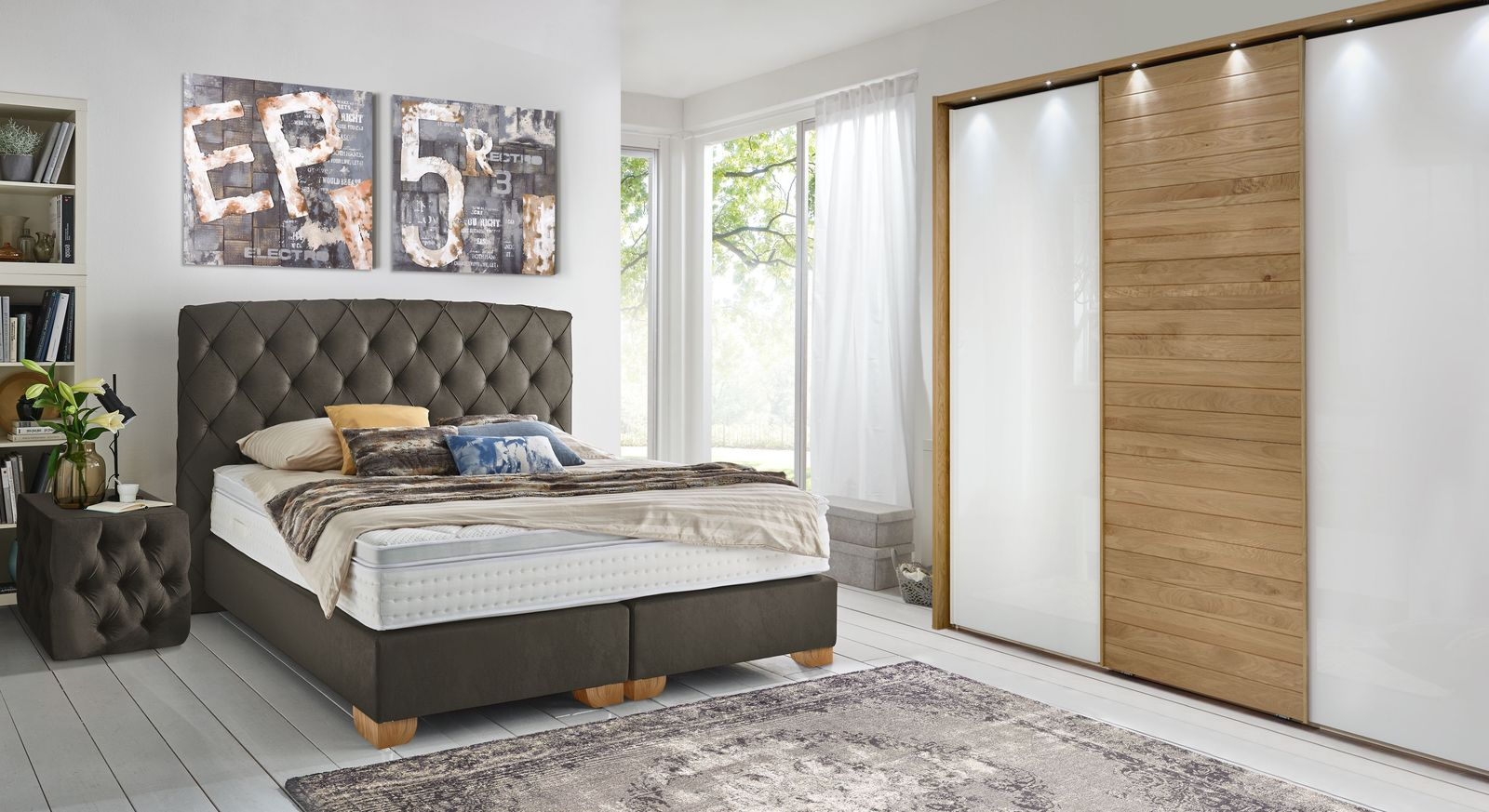 chesterfield schlafzimmer komplett mit boxspringbett sunnyvale. Black Bedroom Furniture Sets. Home Design Ideas