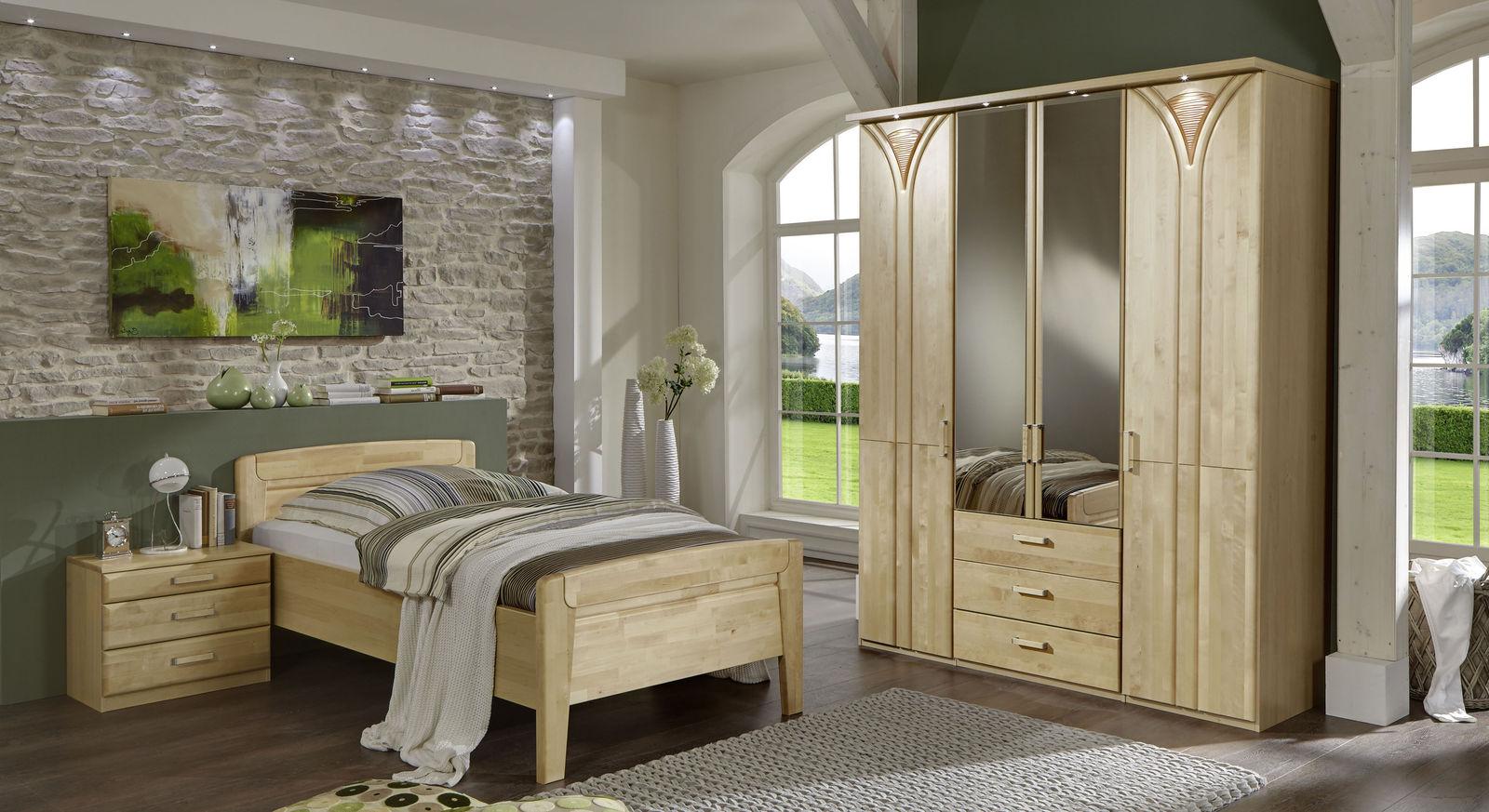 Komplett-Schlafzimmer Tonga aus massiver Birke und Dekor