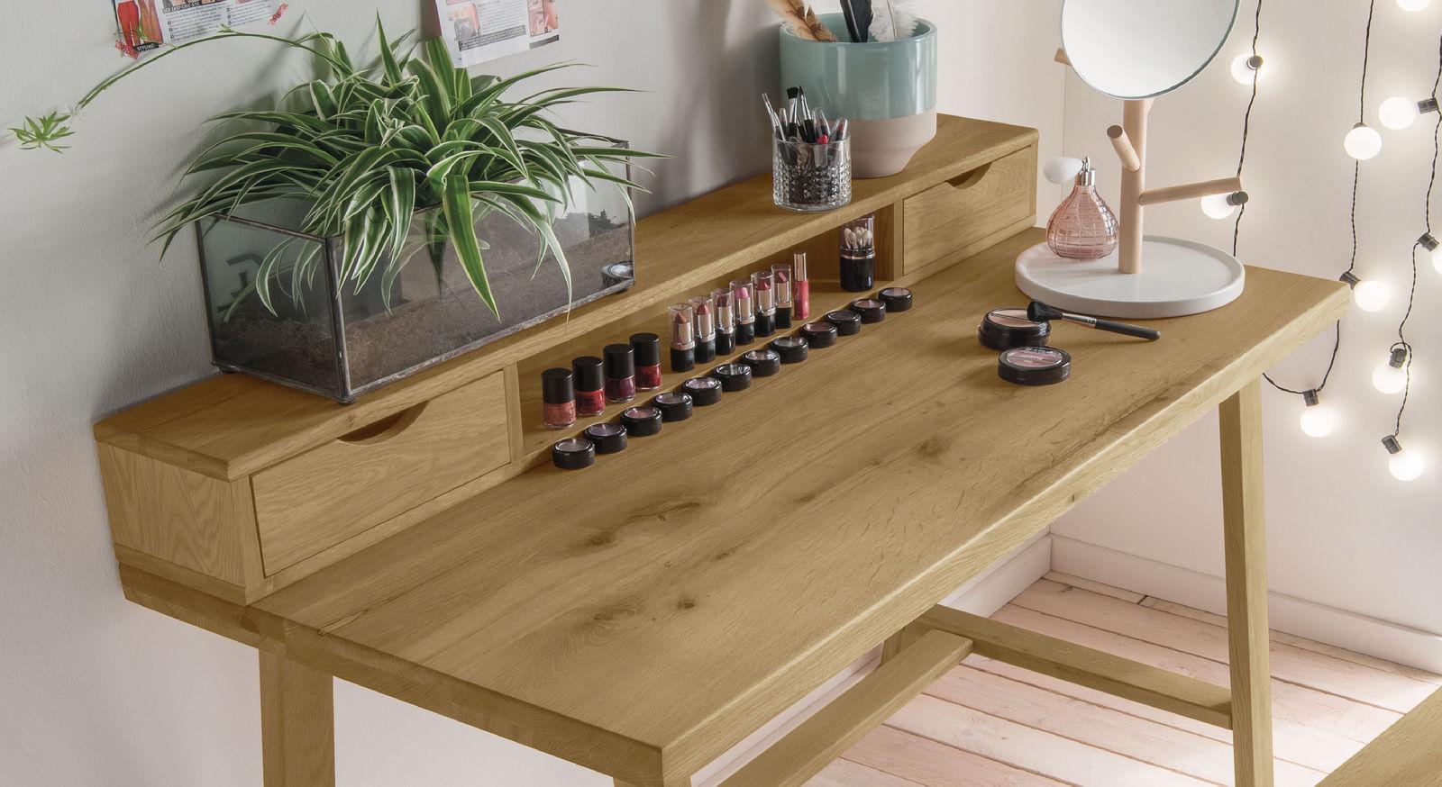 Kosmetiktisch Kärnten inklusive Schubladen mit Griffmulden