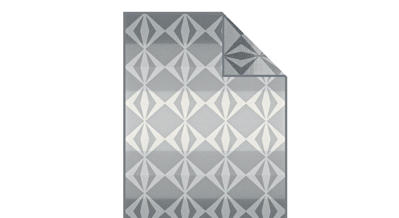 Moderne Kuscheldecke Diamond mit grauem Muster