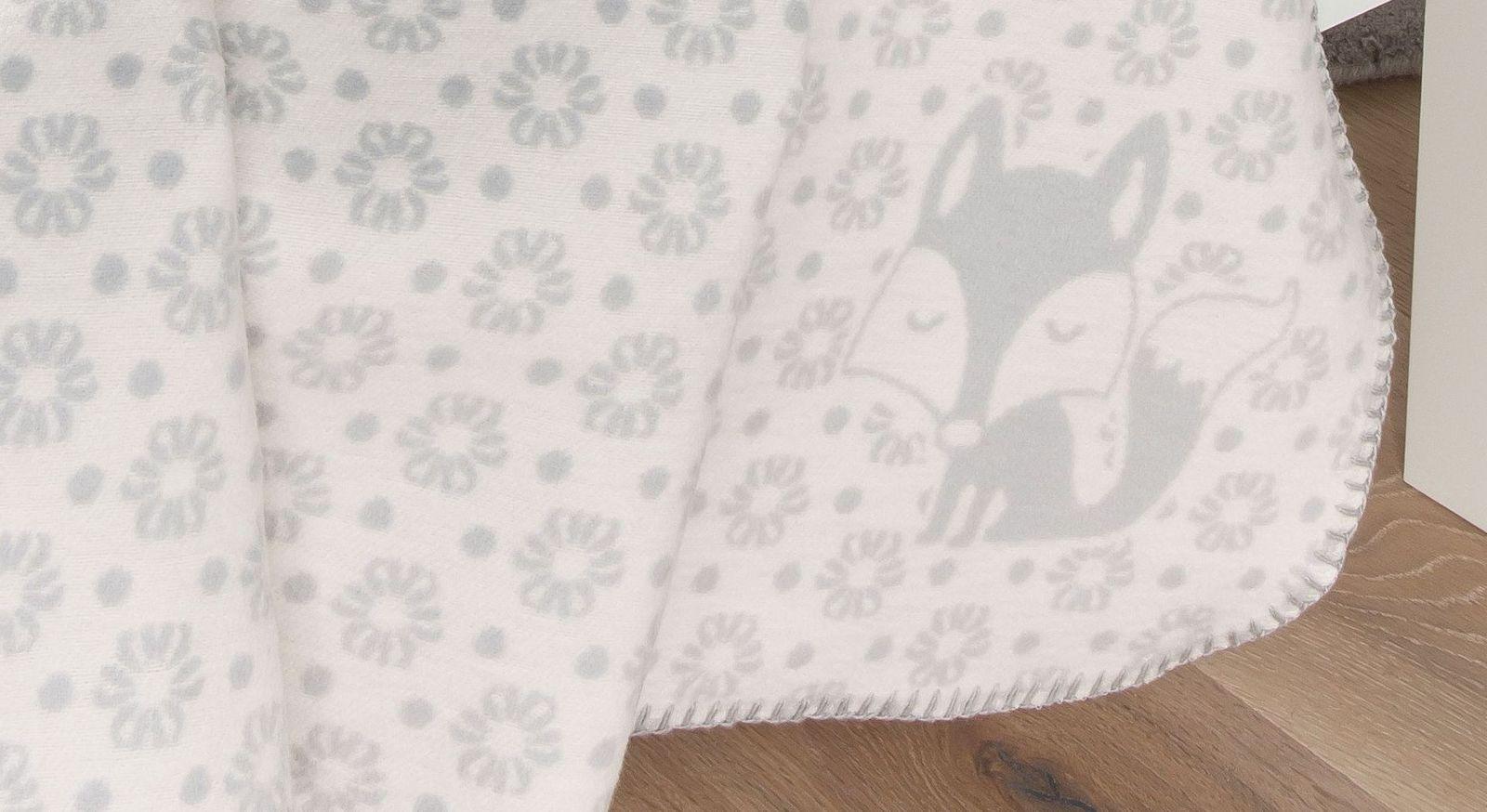 Kuscheldecke Fuchs mit Blümchen und Fuchsmotiv