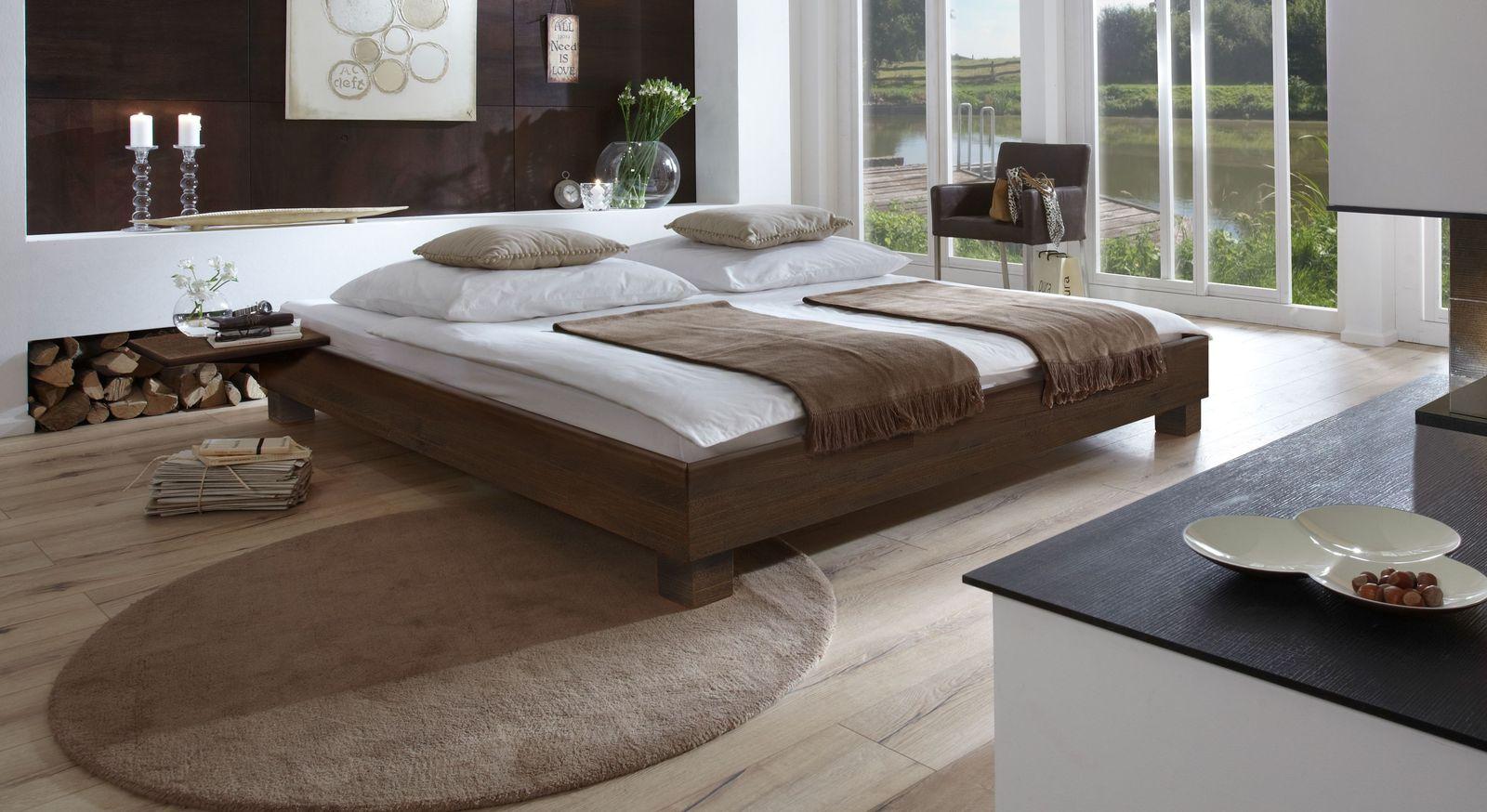 Wengefarben lackierte Holz-Liege Alicante