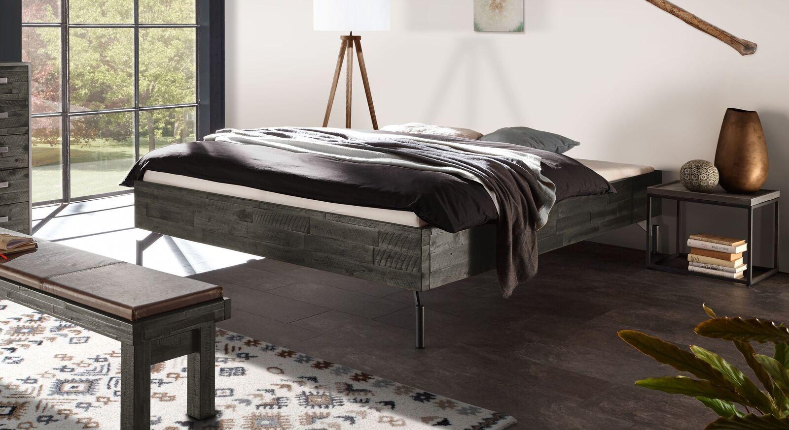 Liege Envigado aus grauem Akazienholz