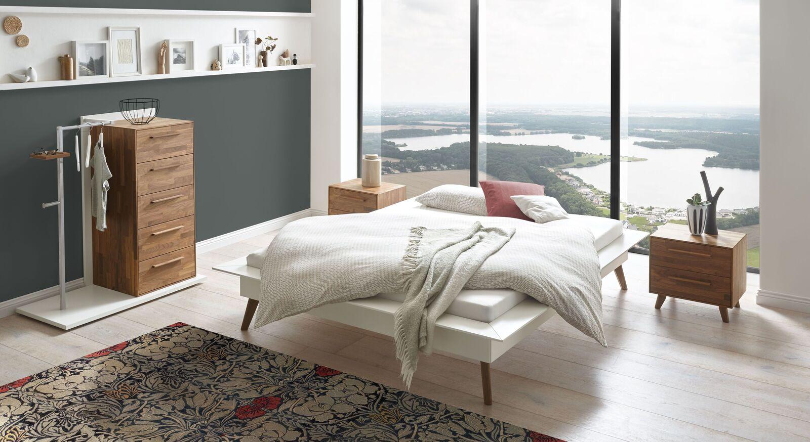 Liege Isonreo mit passenden Schlafzimmer-Möbeln