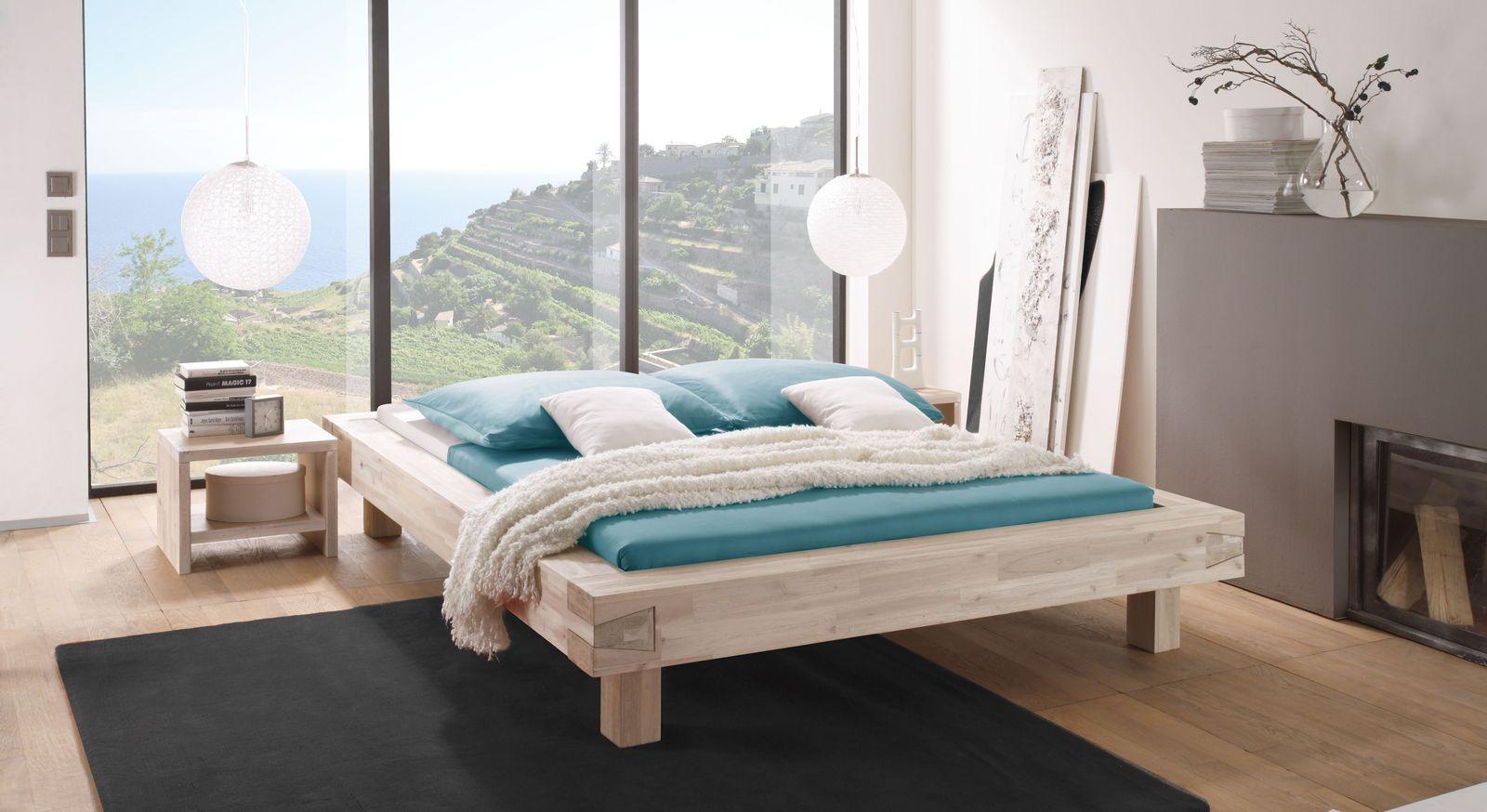 Liege Kalabria mit passenden Schlafzimmermöbeln