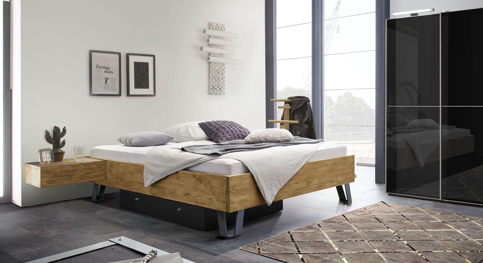 Liege Passo mit praktischenn Schlafzimmer-Accessoires