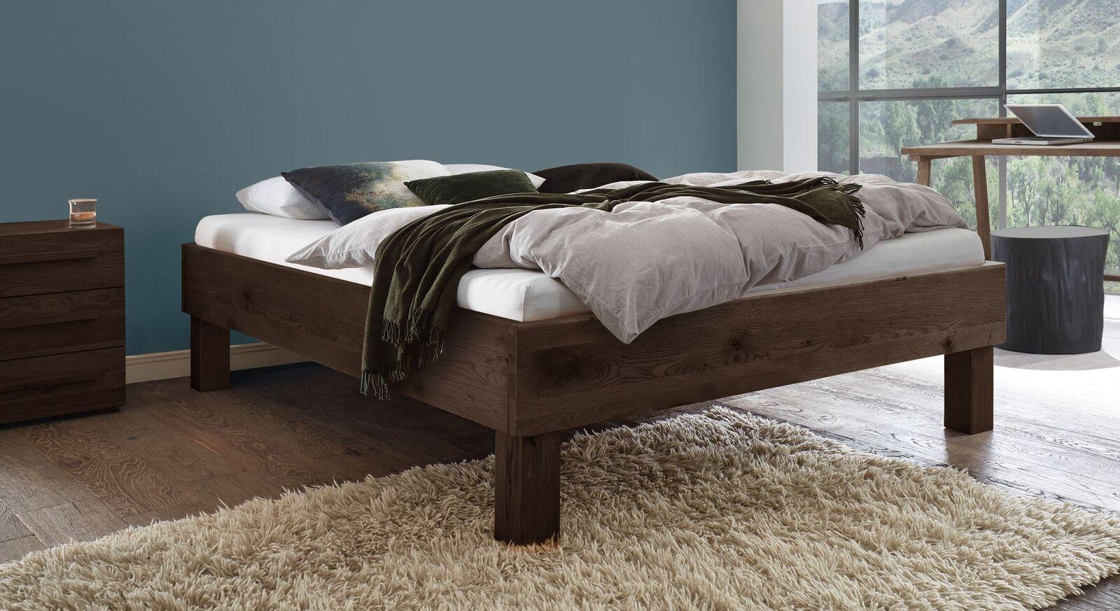 Massivholz-Liege Urmas mit Komfort-Bettrahmenhöhe