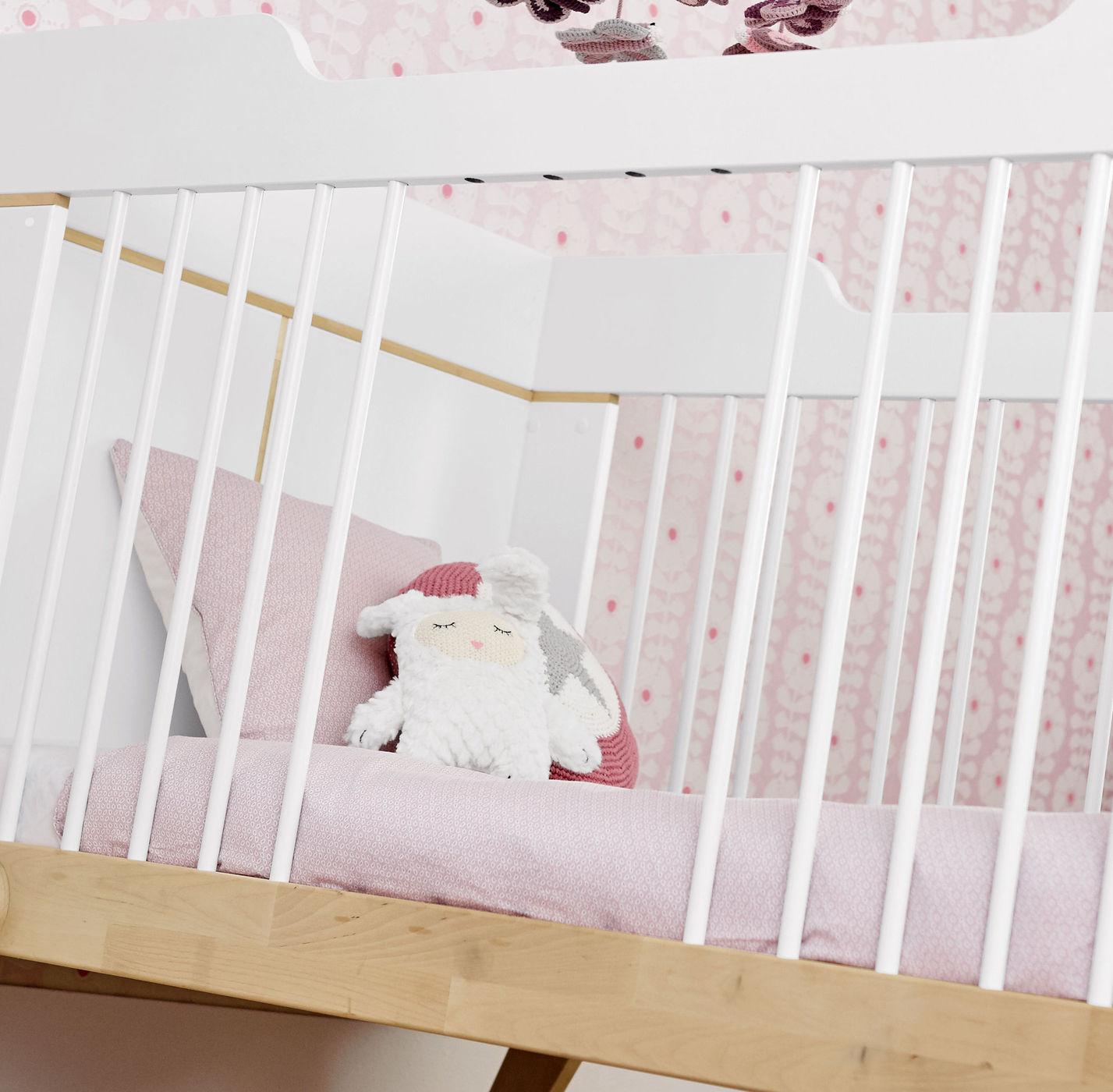 lifetime babybett massive birke umbaubar zum juniorbett monina. Black Bedroom Furniture Sets. Home Design Ideas
