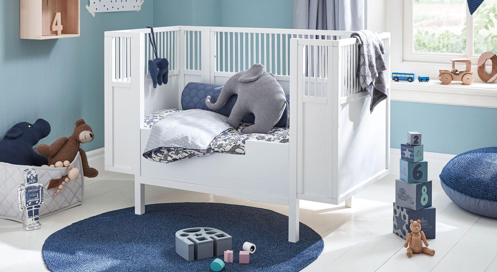 Weiß lackiertes LIFETIME Babybett Retro