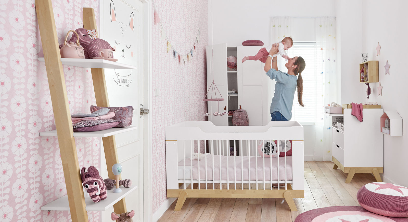 mitwachsendes babyzimmer von lifetime aus massiver birke monina. Black Bedroom Furniture Sets. Home Design Ideas