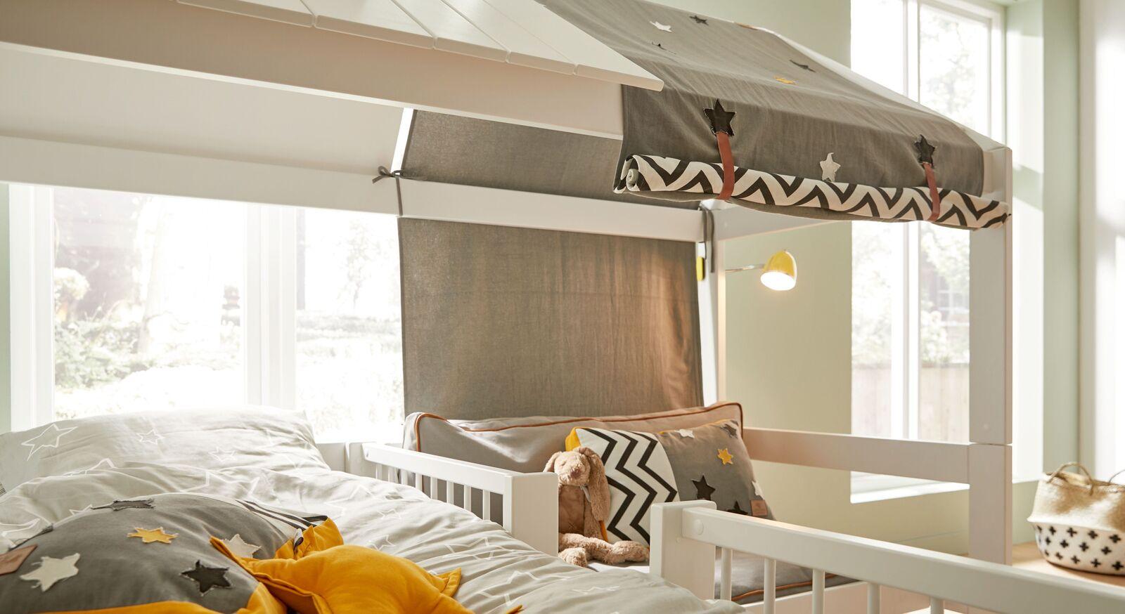LIFETIME Bett und Sofa Ferienhaus mit attraktivem Betthimmel