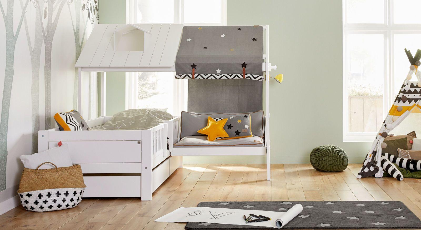 Weiß lackiertes LIFETIME Bett & Sofa Ferienhaus