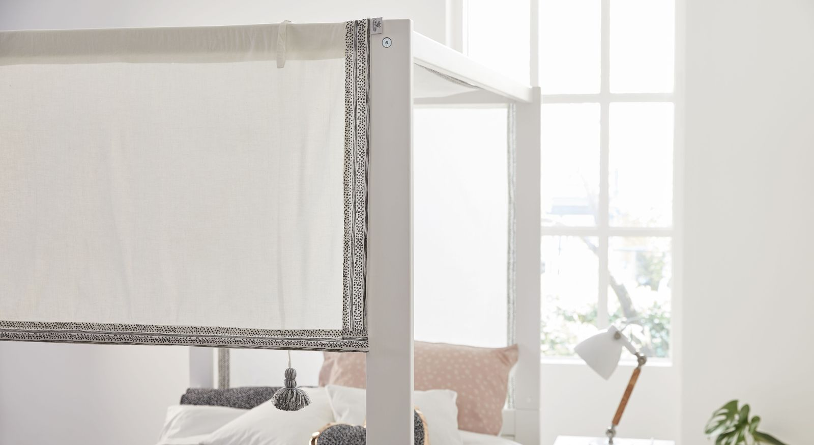 LIFETIME Himmelbett Living Style mit trendigem Baldachin-Stoff