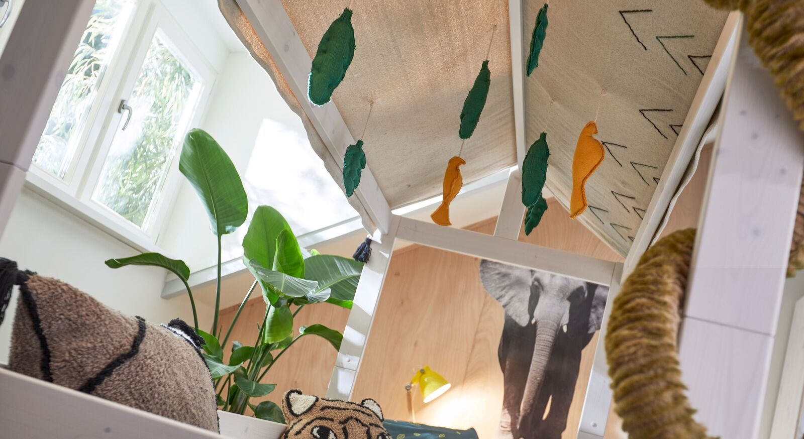 LIFETIME Kinderbett 4-in-1 Wild Life mit beigem Stoffdach