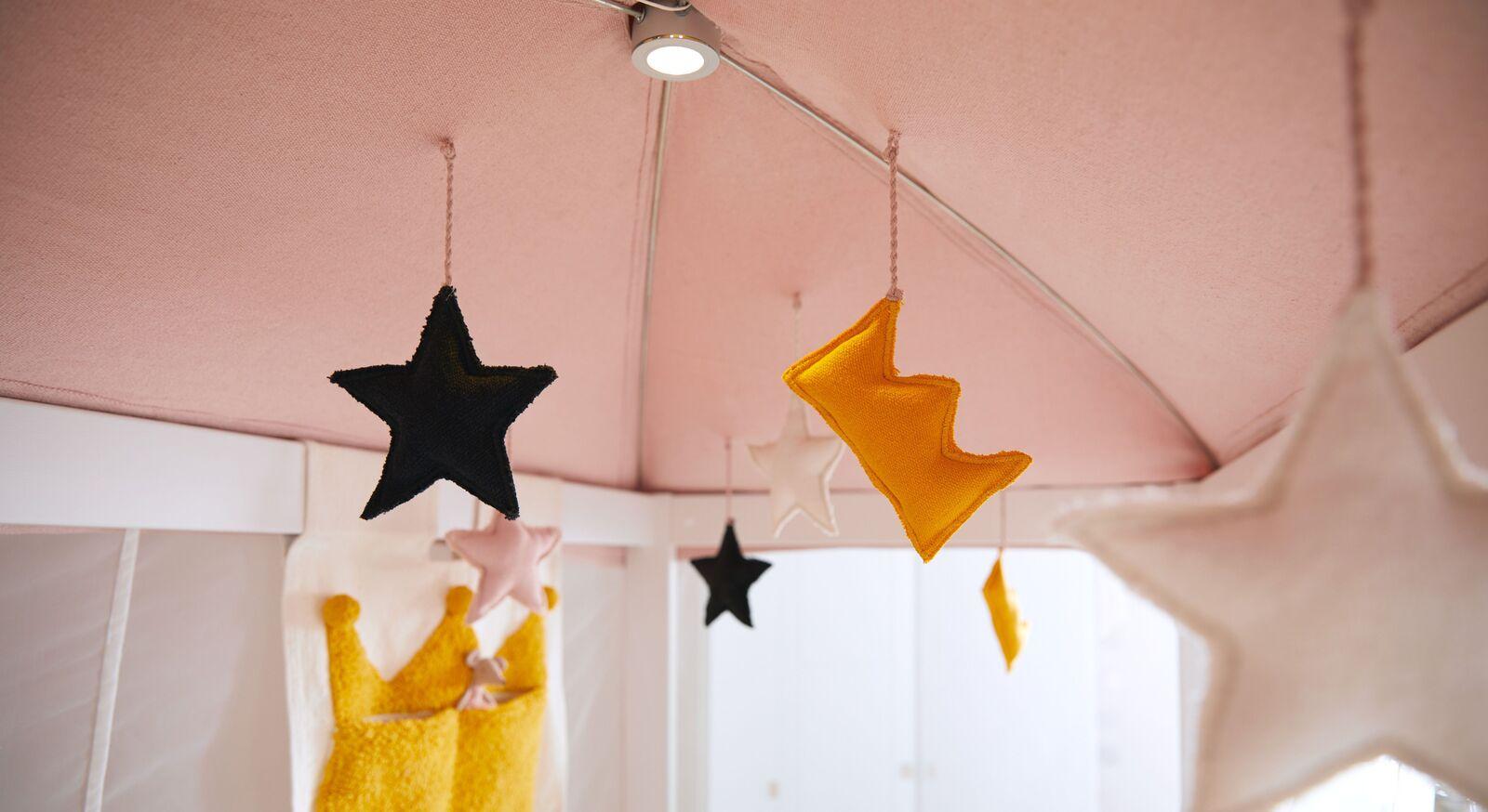 LIFETIME Kinderbett Princess Stars mit dekoriertem Dachhimmel