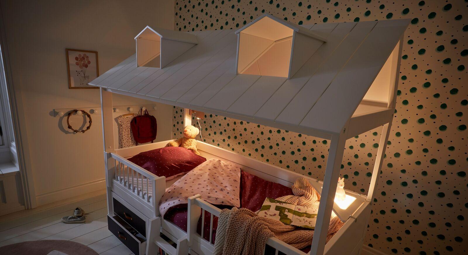 LIFETIME Kojenbett Beachhouse mit romantischer Beleuchtung