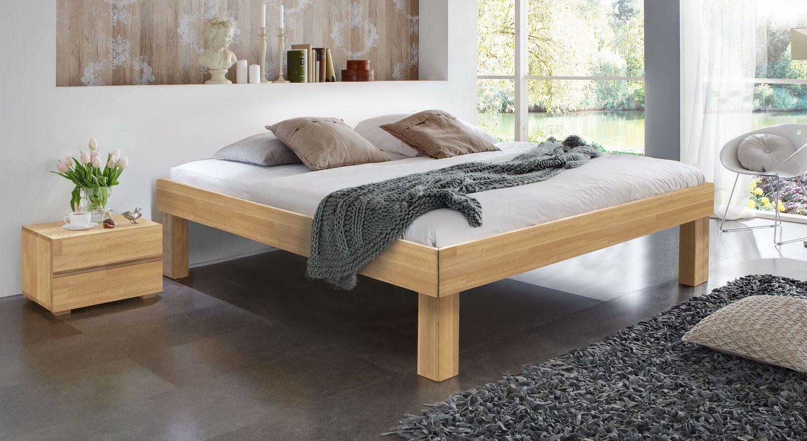 Massivholzliege Madrid Komfort aus Buche mit 30 cm hohen Füßen