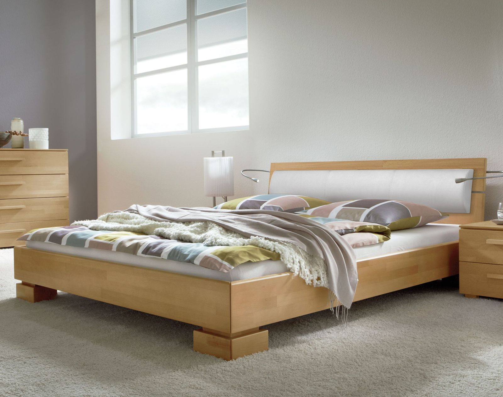 hochwertiges bett aus massiver buche lackiert - bett lima - Hochwertiges Bett Fur Schlafzimmer Qualitatsgarantie