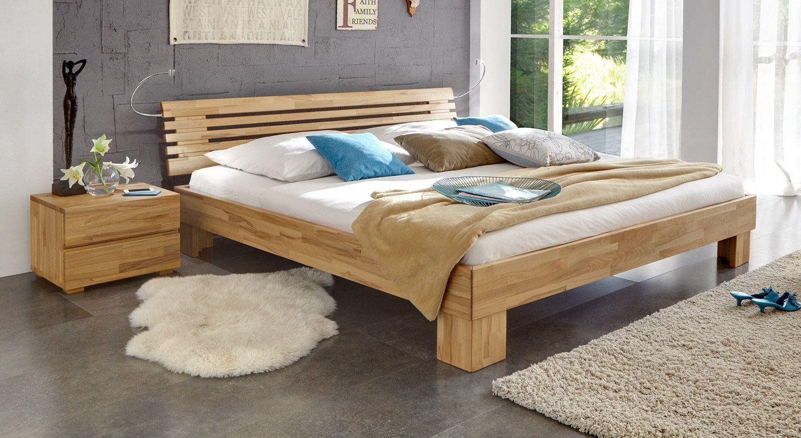Massivholzbett Wood Romance in Kernbuche mit 20cm Füßen