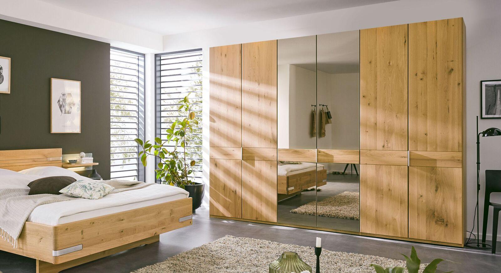 MUSTERRING Drehtüren-Kleiderschrank Savona 2.0 Spiegel aus Eiche teilmassiv