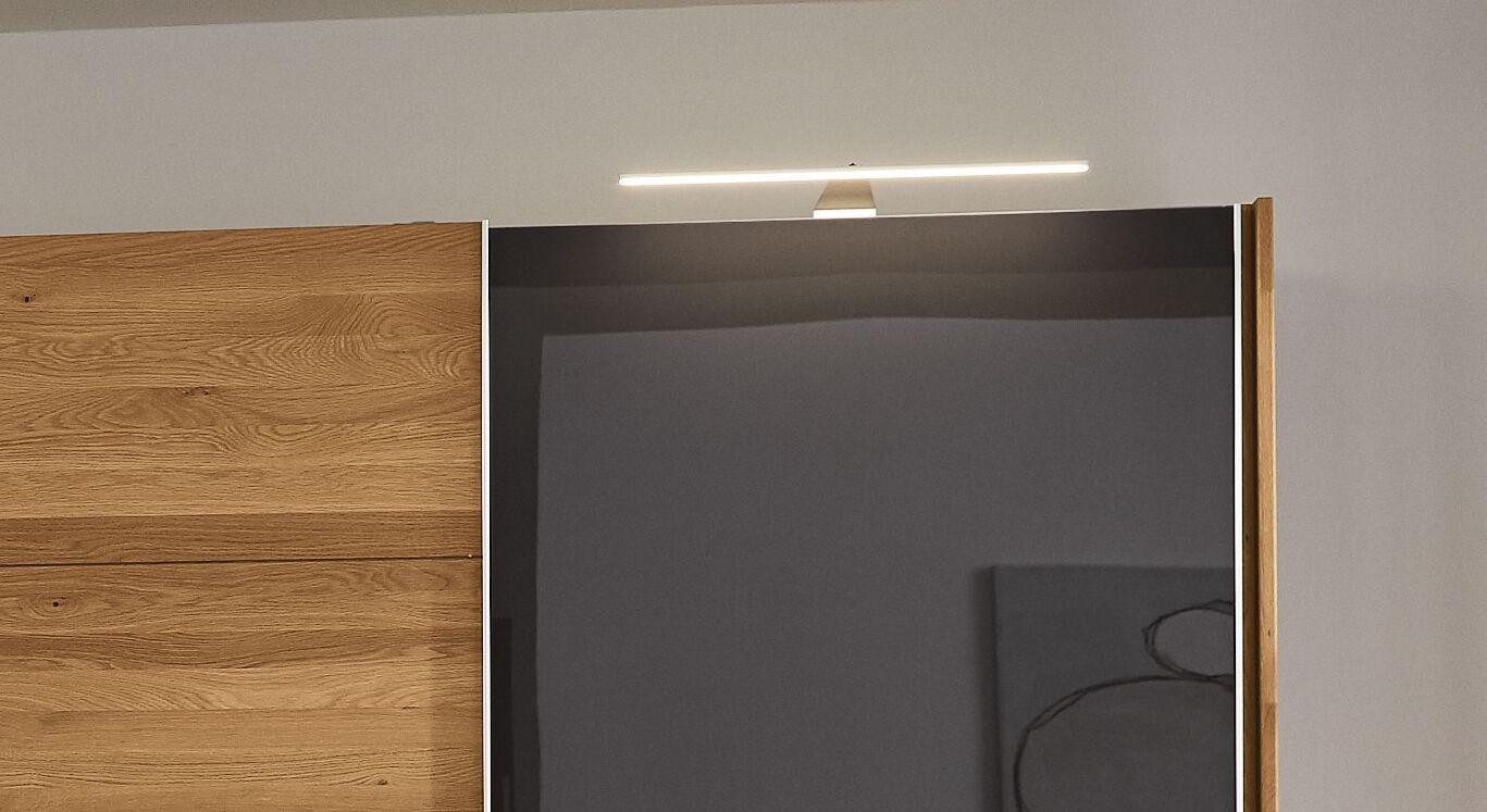 MUSTERRING Kleiderschrank-Aufsatzleuchte mit passender Leuchtstärke