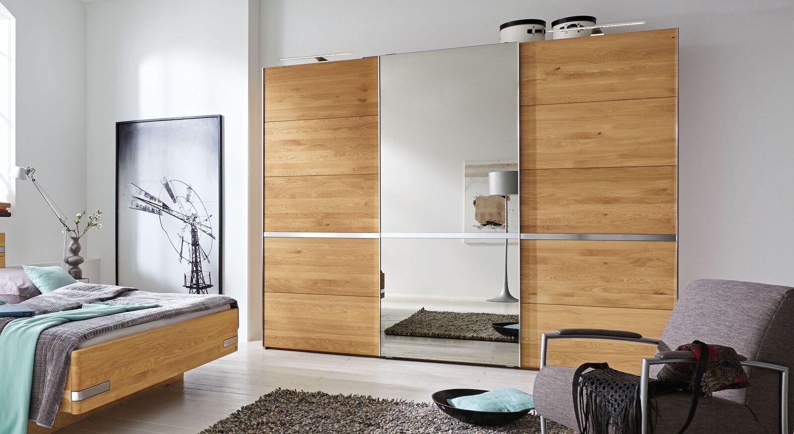 MUSTERRING Schwebetüren-Kleiderschrank Savona aus massiver Eiche mit Spiegel