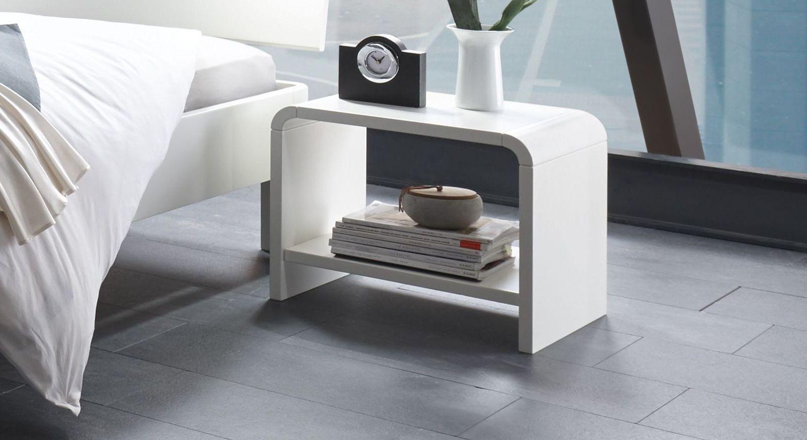 wei er designer nachttisch aus massivem buchenholz gamba. Black Bedroom Furniture Sets. Home Design Ideas