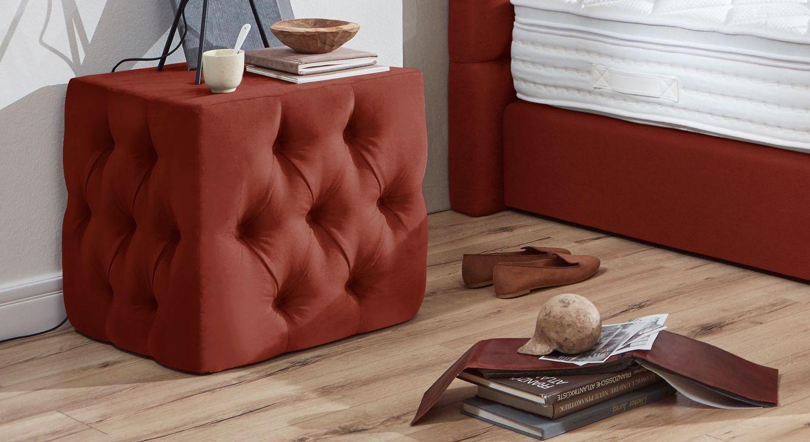 Nachttisch Glendale aus rotem Kunstleder