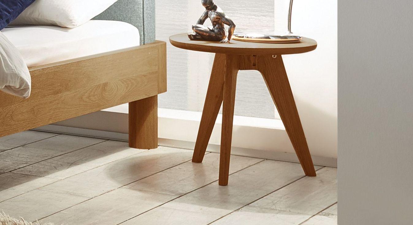 Nachttisch und Hocker Otavalo aus rustikalem Massivholz