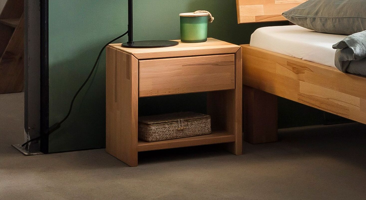 Nachttisch Kasseris aus Kernbuchenholz