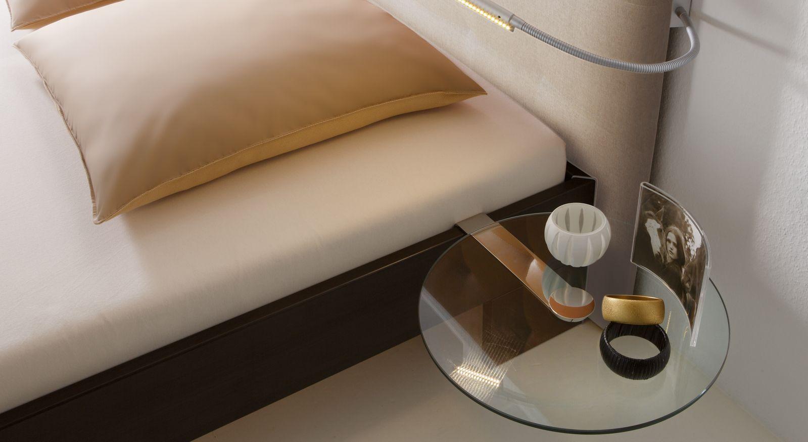 Nachttisch aus rundem ESG-Glas - Malaga | BETTEN.de