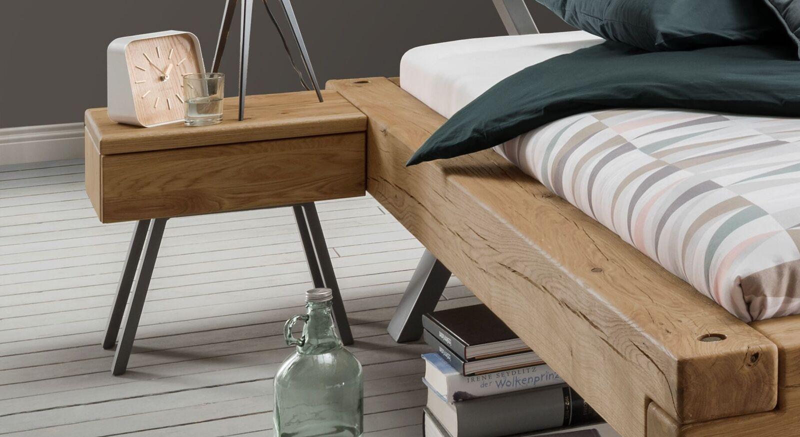 Nachttisch Rune in innovativem Design