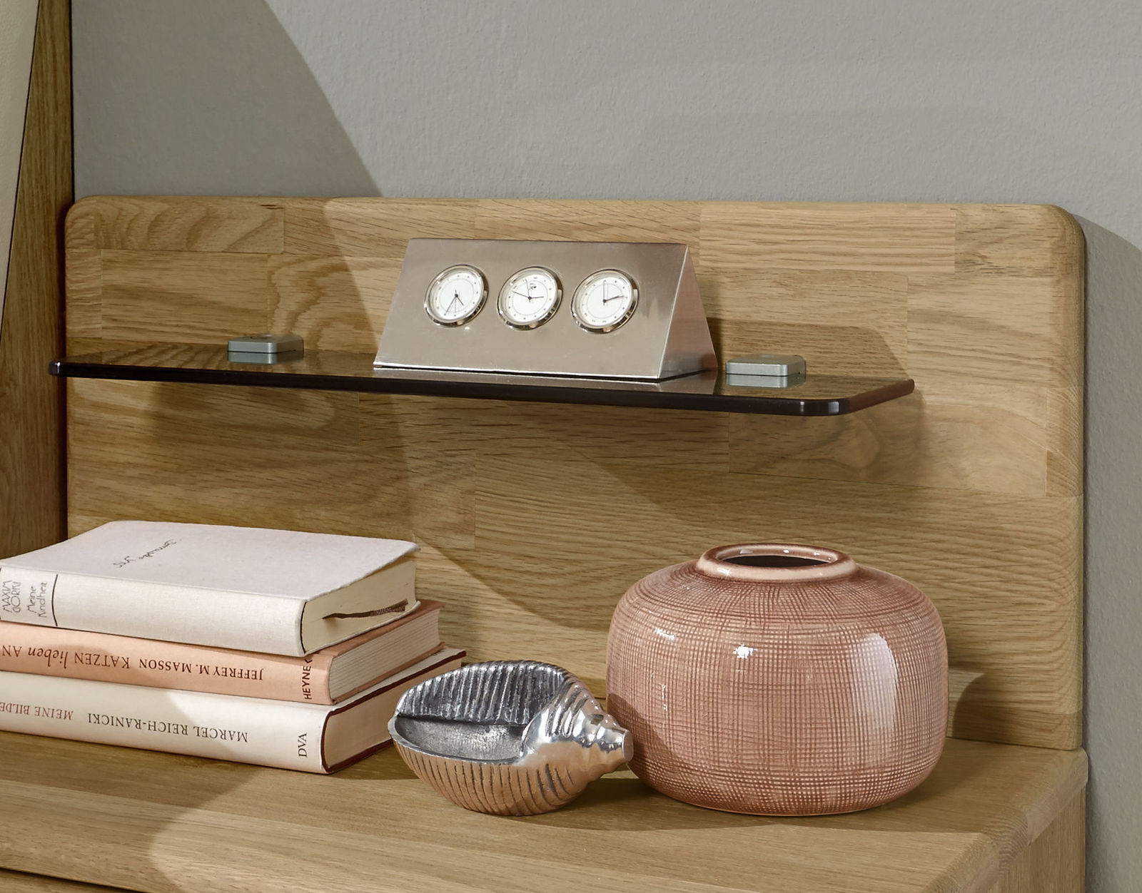 nachttisch mit led best led desktop rgb ndern fisch. Black Bedroom Furniture Sets. Home Design Ideas