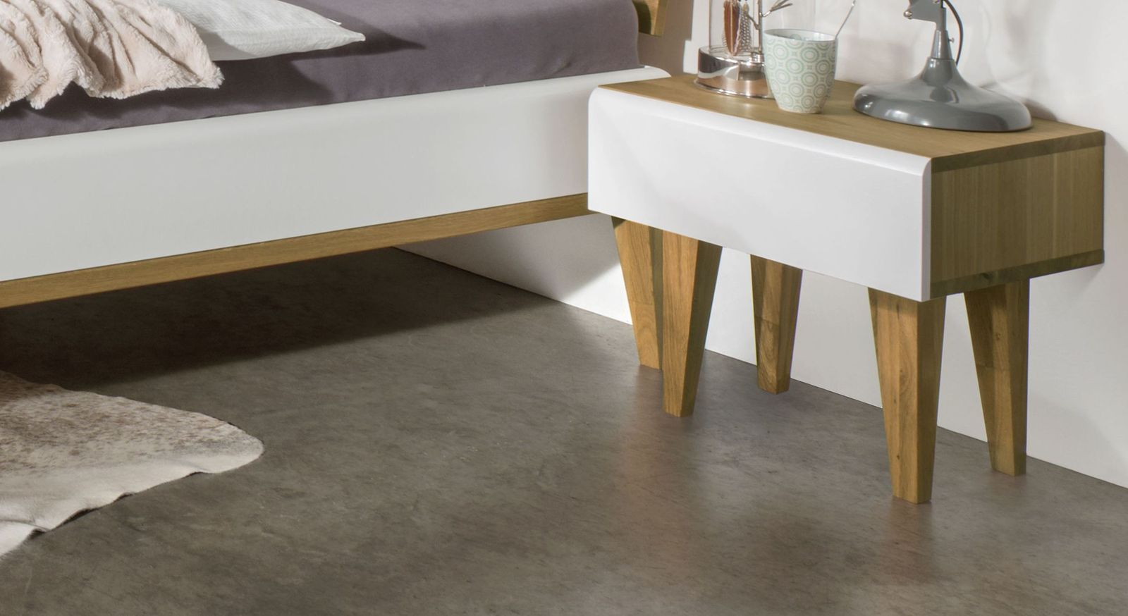 Nachttisch Vacallo mit weißer Schubladen-Front