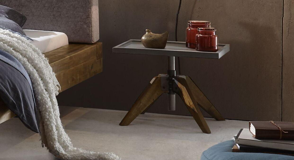 Nachttisch Velario in trendigem Industrial-Look