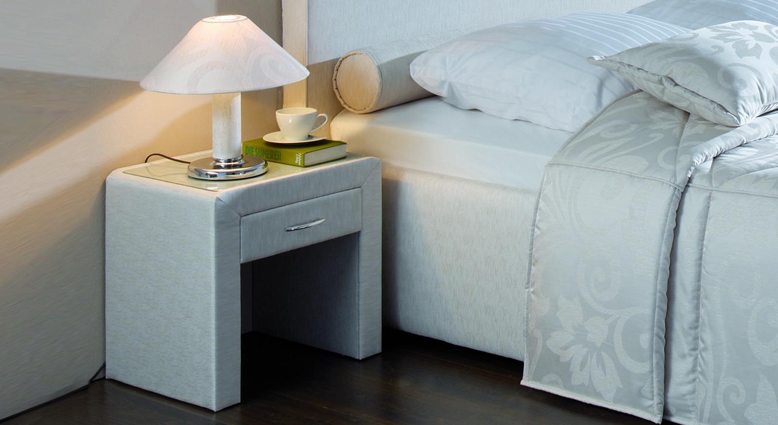 Nachttisch Viterbo Design stilvoll Schublade