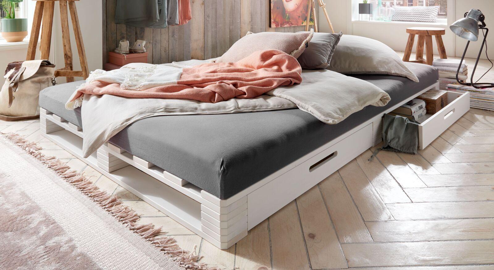 Palettenbett Bassa für zwei Personen