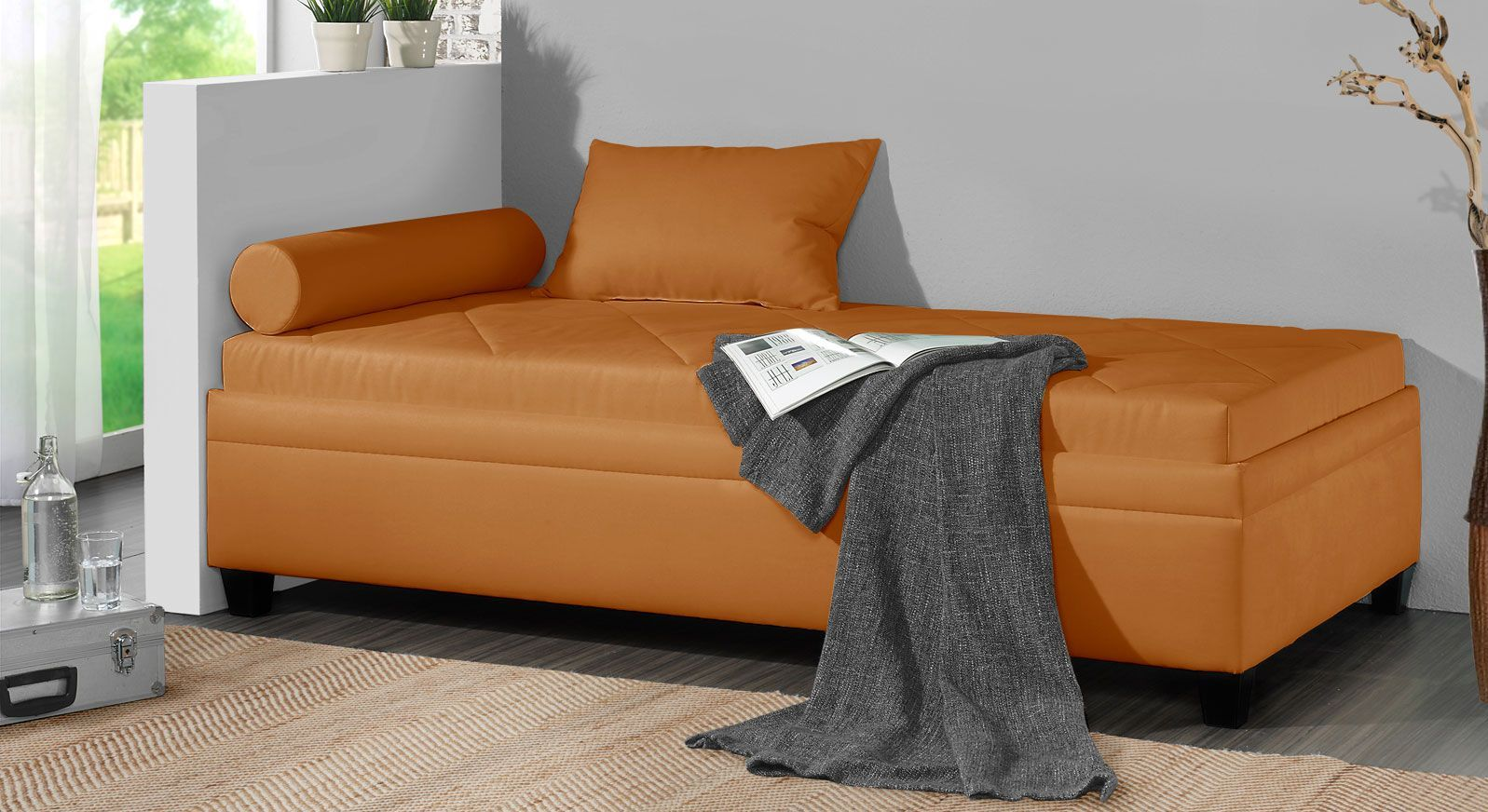 Relaxliege Kamina aus Microvelours in Orange
