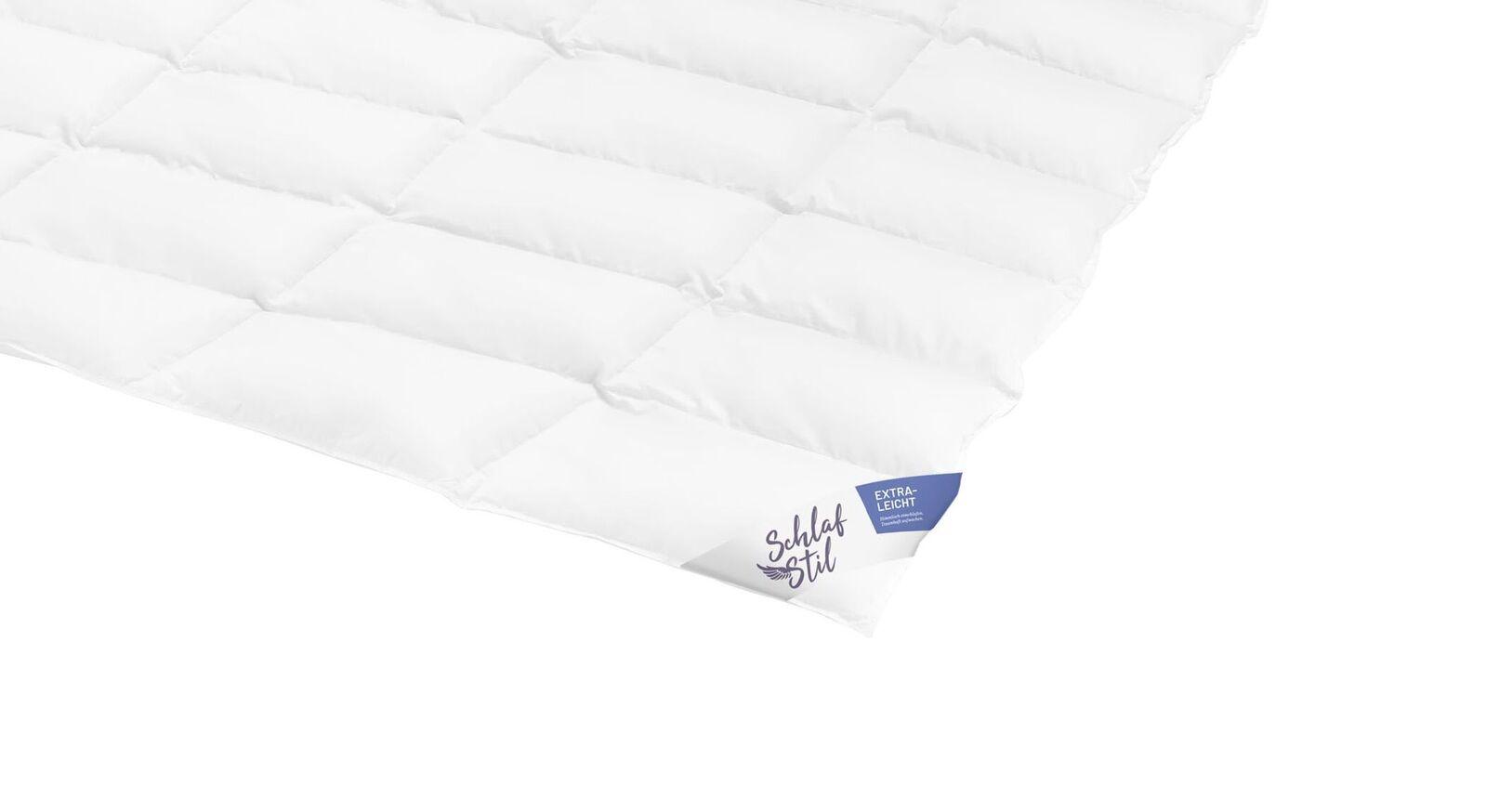 SCHLAFSTIL Daunen-Bettdecke D800 extra leicht mit Baumwoll-Bezug