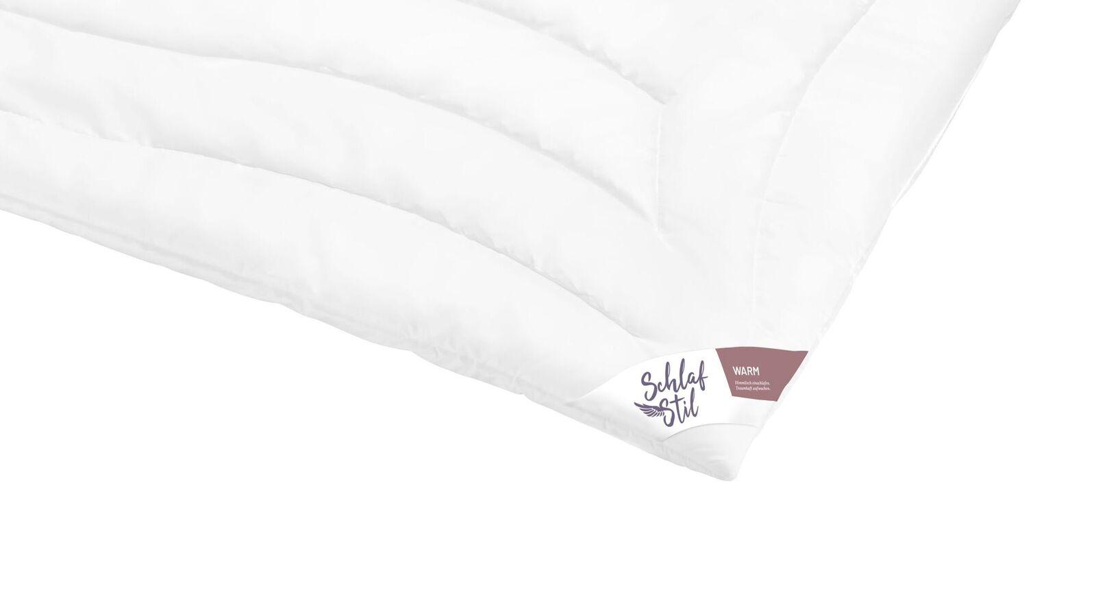 Sorgfältig verarbeitete SCHLAFSTIL Markenfaser-Bettdecke F300 warm
