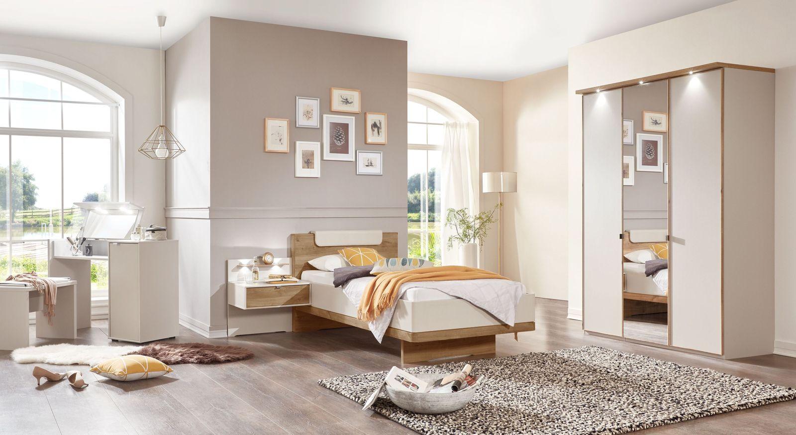 Praktisches Schlafzimmer Dolavon mit Einzelbett und Kleiderschrank