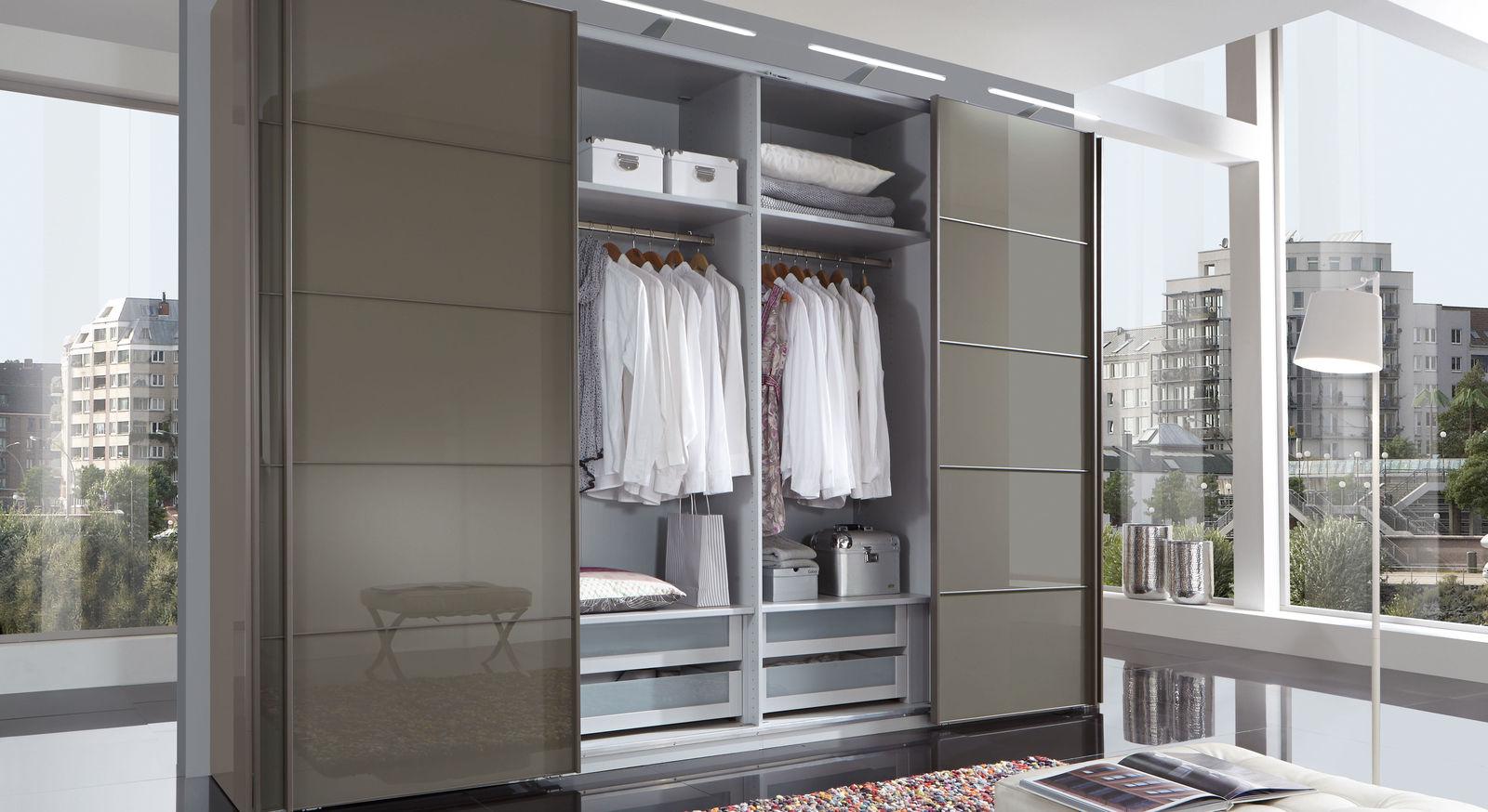 Schwebetüren-Kleiderschrank Dilly mit Metall-Kleiderstangen