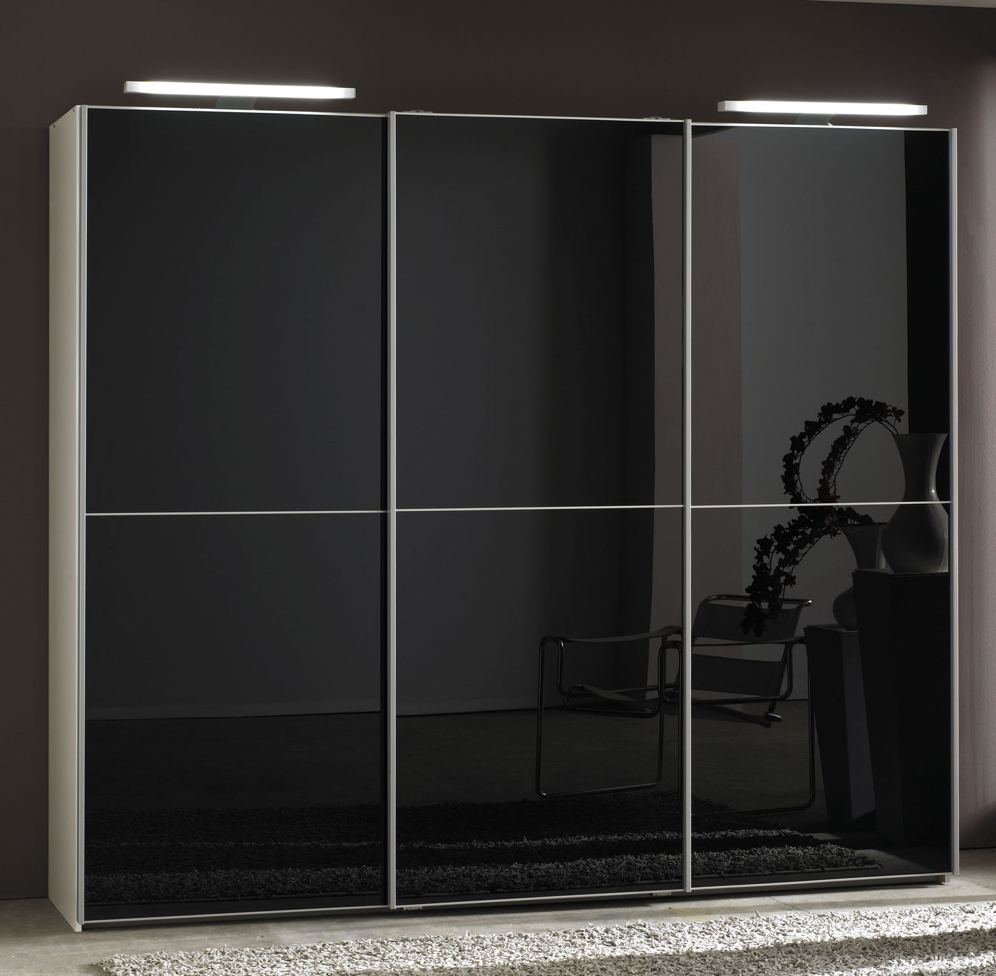 schrank mit glasfront. Black Bedroom Furniture Sets. Home Design Ideas
