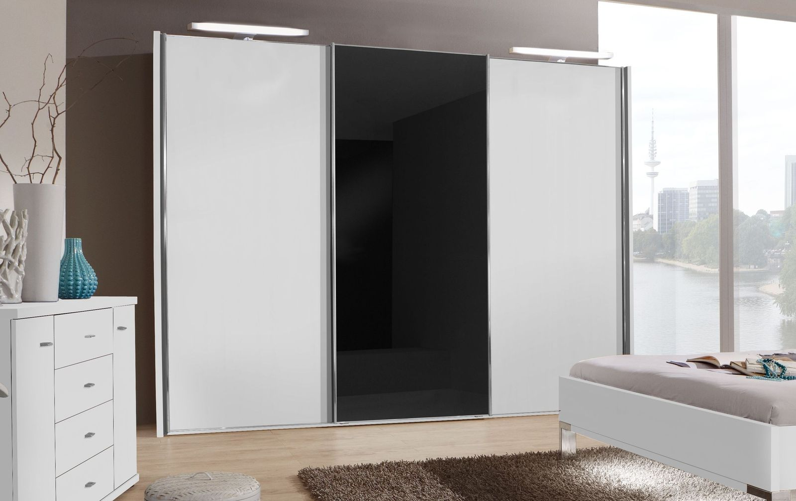 Schwebetüren-Kleiderschrank Swift mit schwarzem Glaselement