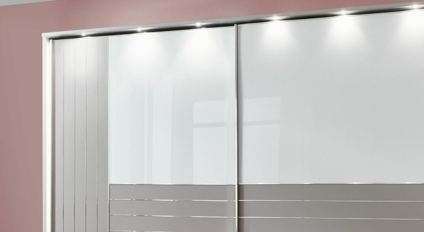 Schwebetüren-Kleiderschrank Waterbury mit stilvoller Beleuchtung