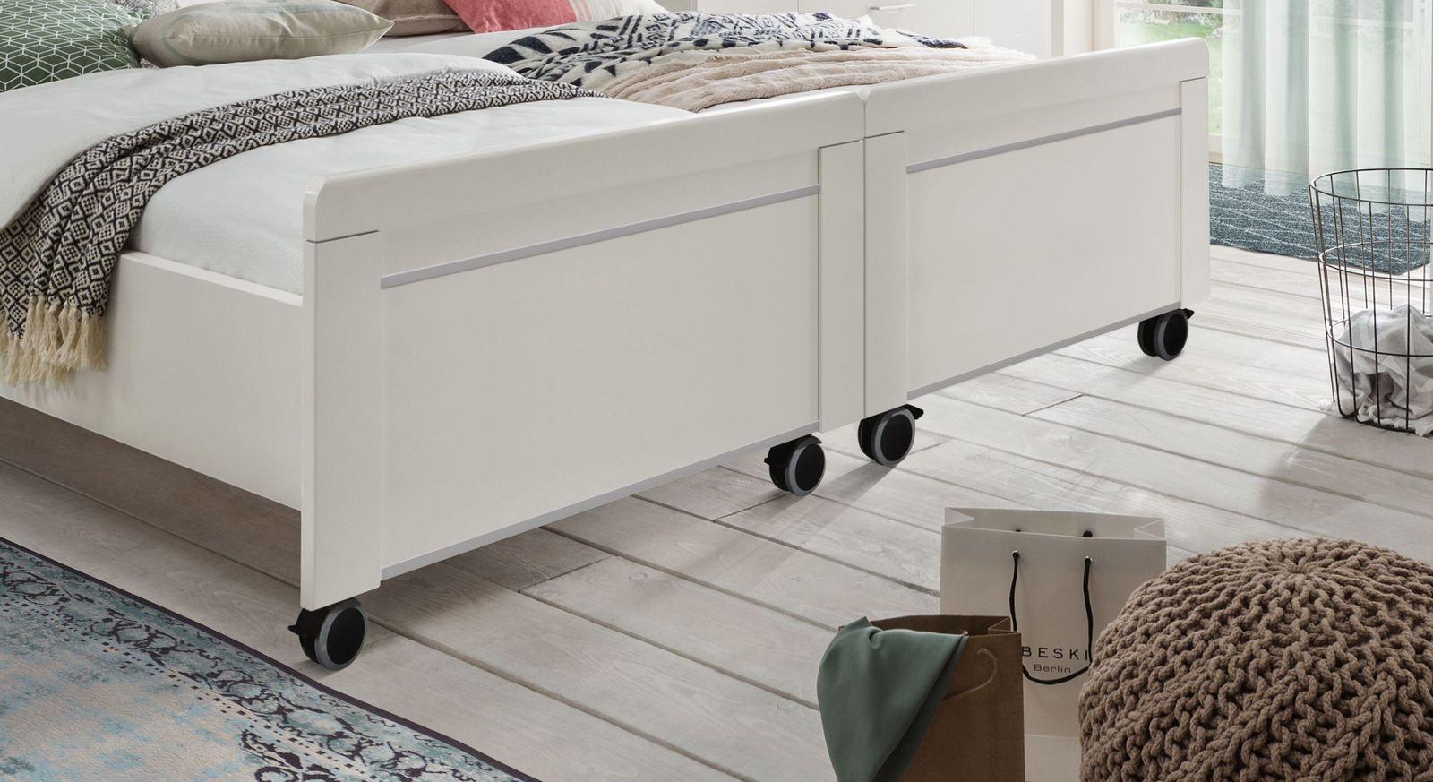 Senioren-Doppelbett Calimera mit modernen Zierleisten