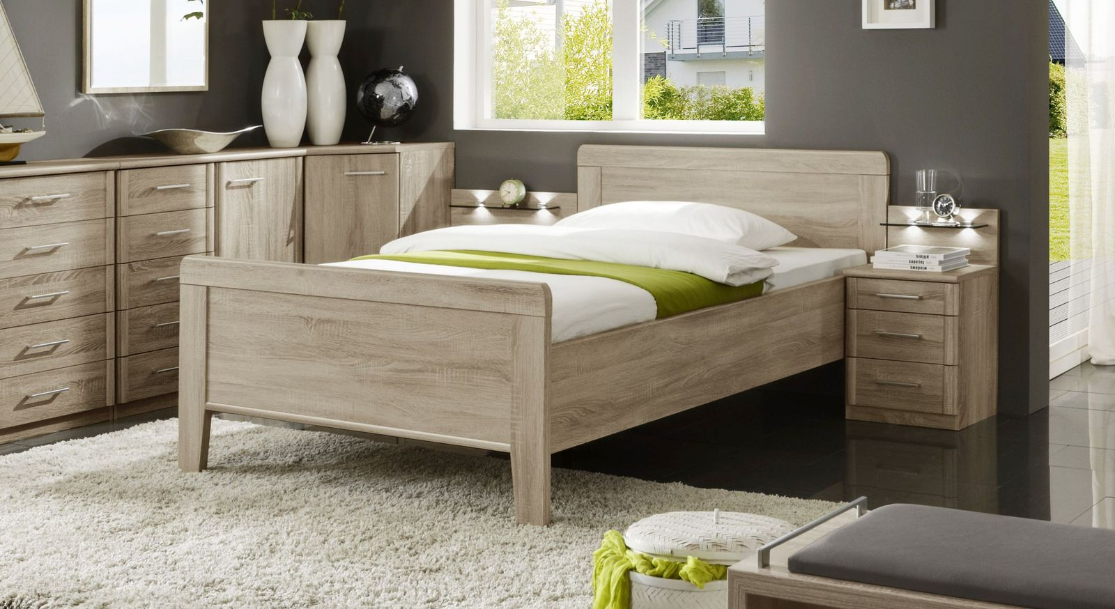 Preiswertes Seniorenbett Palmira in dezentem Design